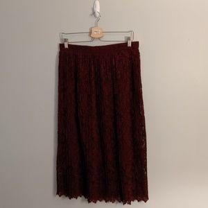 ZARA Woman Maroon Burgundy Lace Pleated Midi Skirt